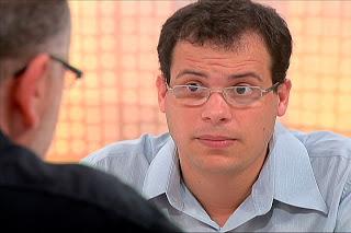 Pablo Ortellado é doutor em filosofia e professor do curso de Gestão de Políticas Públicas e do Programa de Pós-Graduação em Estudos Culturais da Escola de Artes, Ciências e Humanidades da Universidade de São Paulo.